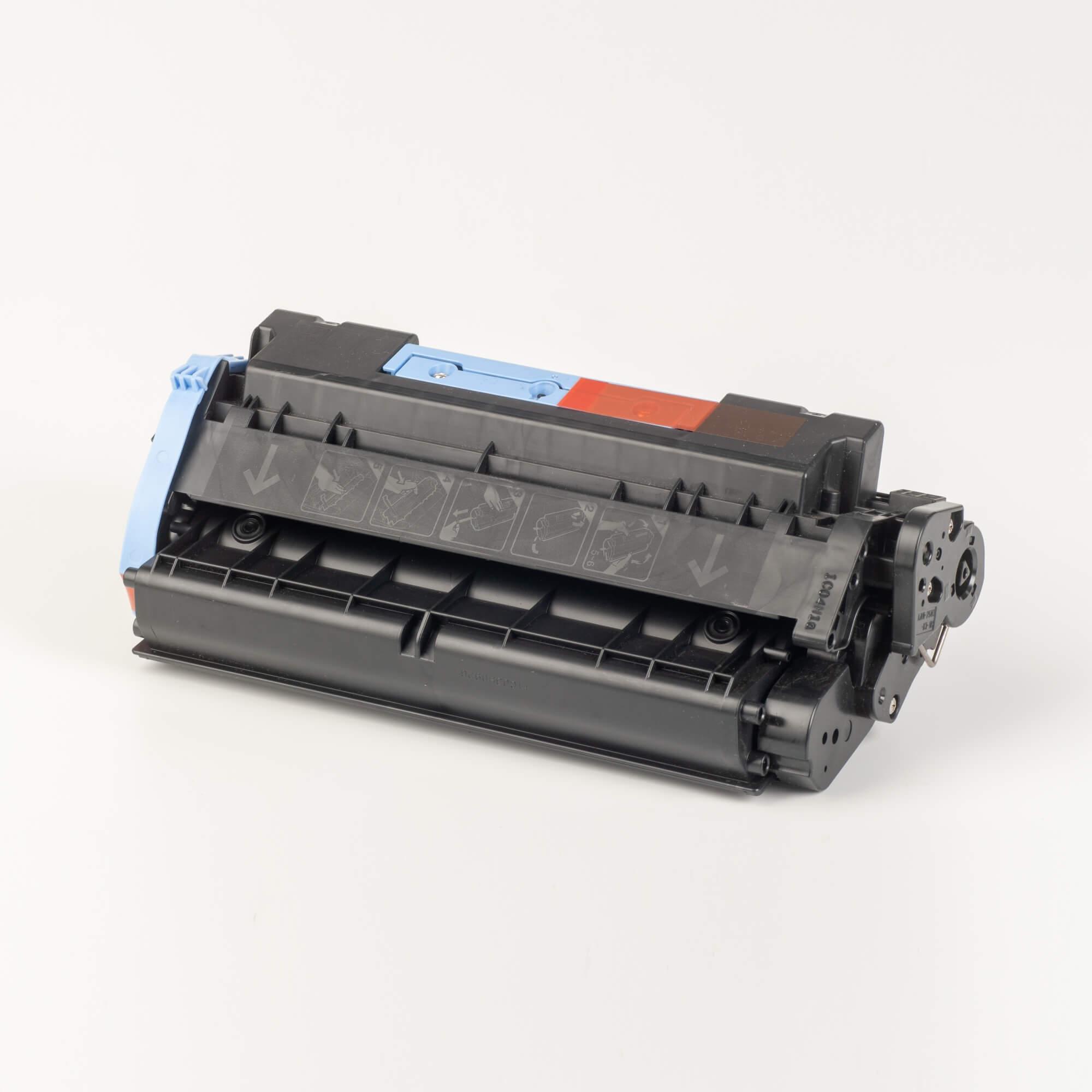 Auf dem Bild sehen Sie eine Canon 1153B002 CRG 714 Original Tonerkartusche schwarz