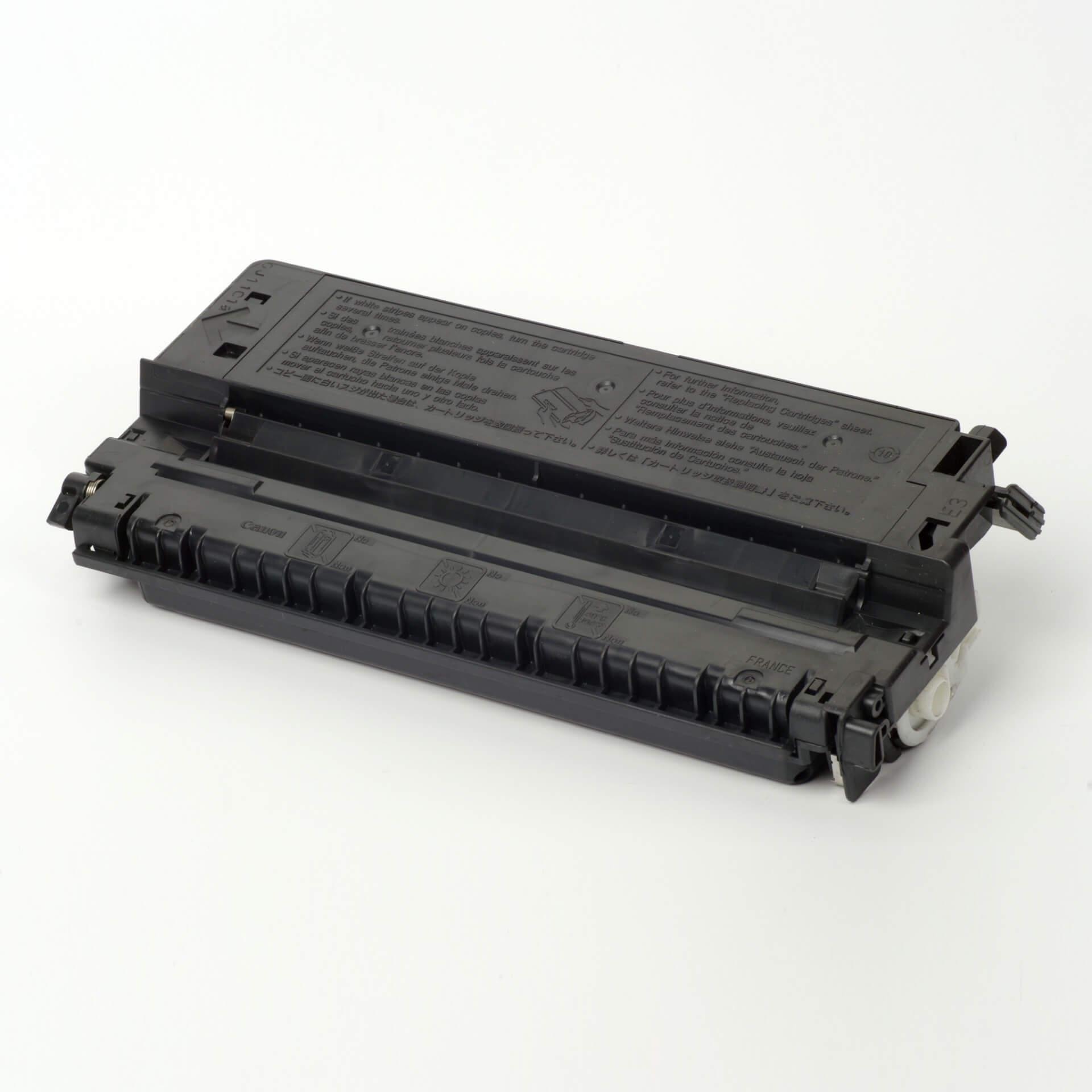Auf dem Bild sehen Sie eine Canon 1491A003 E-30 Original Tonerkartusche Schwarz