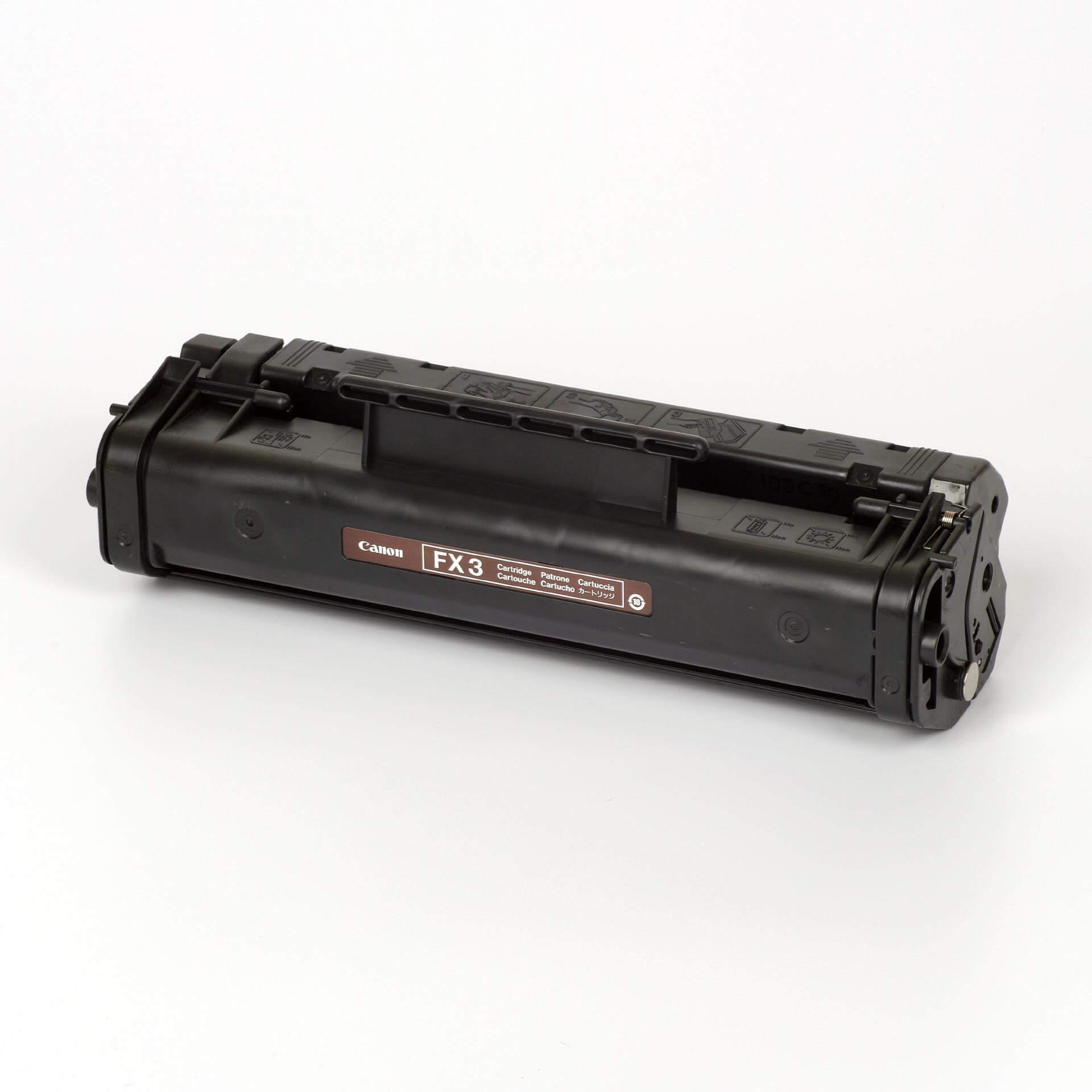 Auf dem Bild sehen Sie eine Canon 1557A003 FX-3 Original Tonerkartusche schwarz