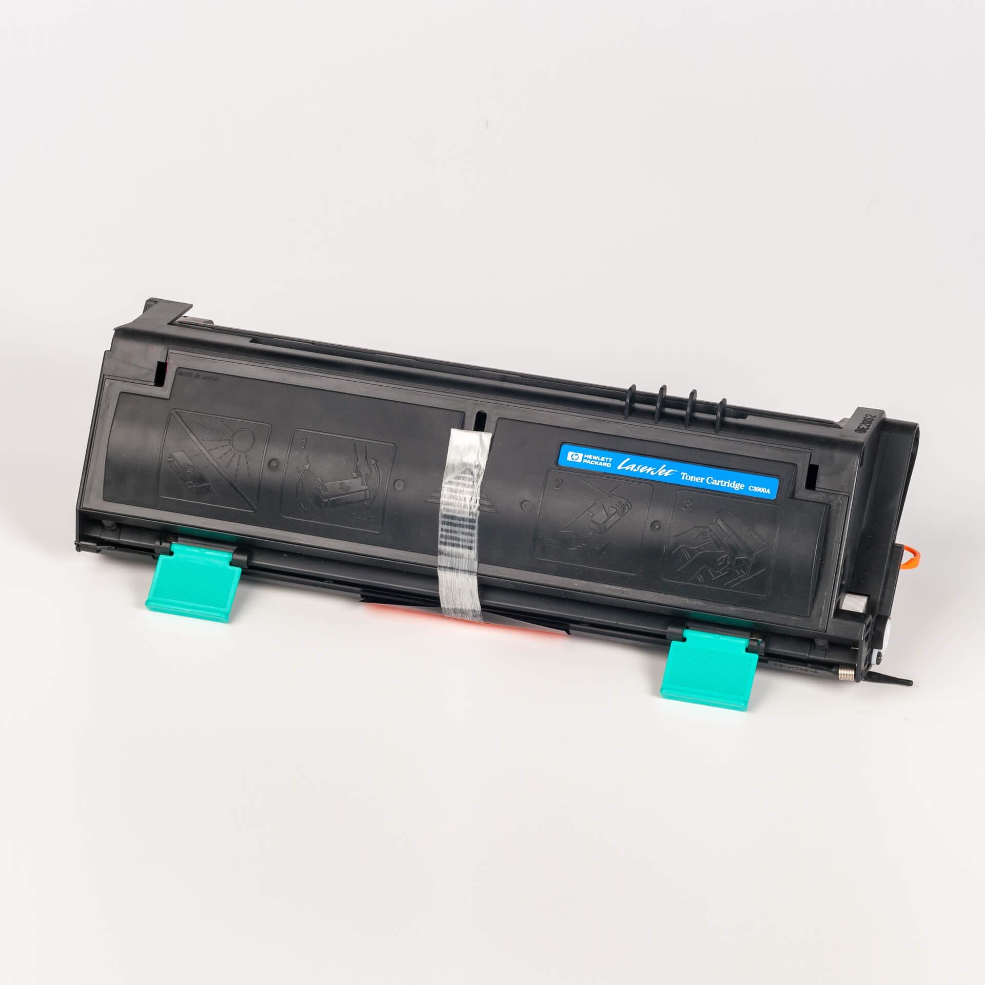 Auf dem Bild sehen Sie eine HP 00A (C3900A) Schwarz Original Toner