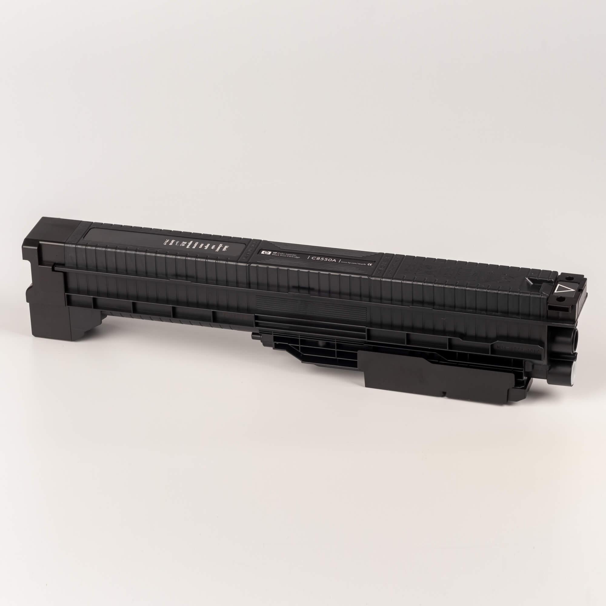 Auf dem Bild sehen Sie eine HP 822A (C8550A) Schwarz Original Tonerkartusche