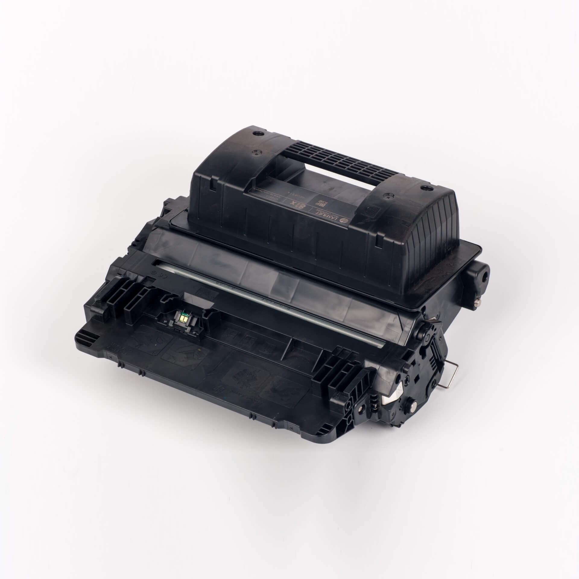 Auf dem Bild sehen Sie eine HP 81X (CF281X) Schwarz Original Tonerkartusche