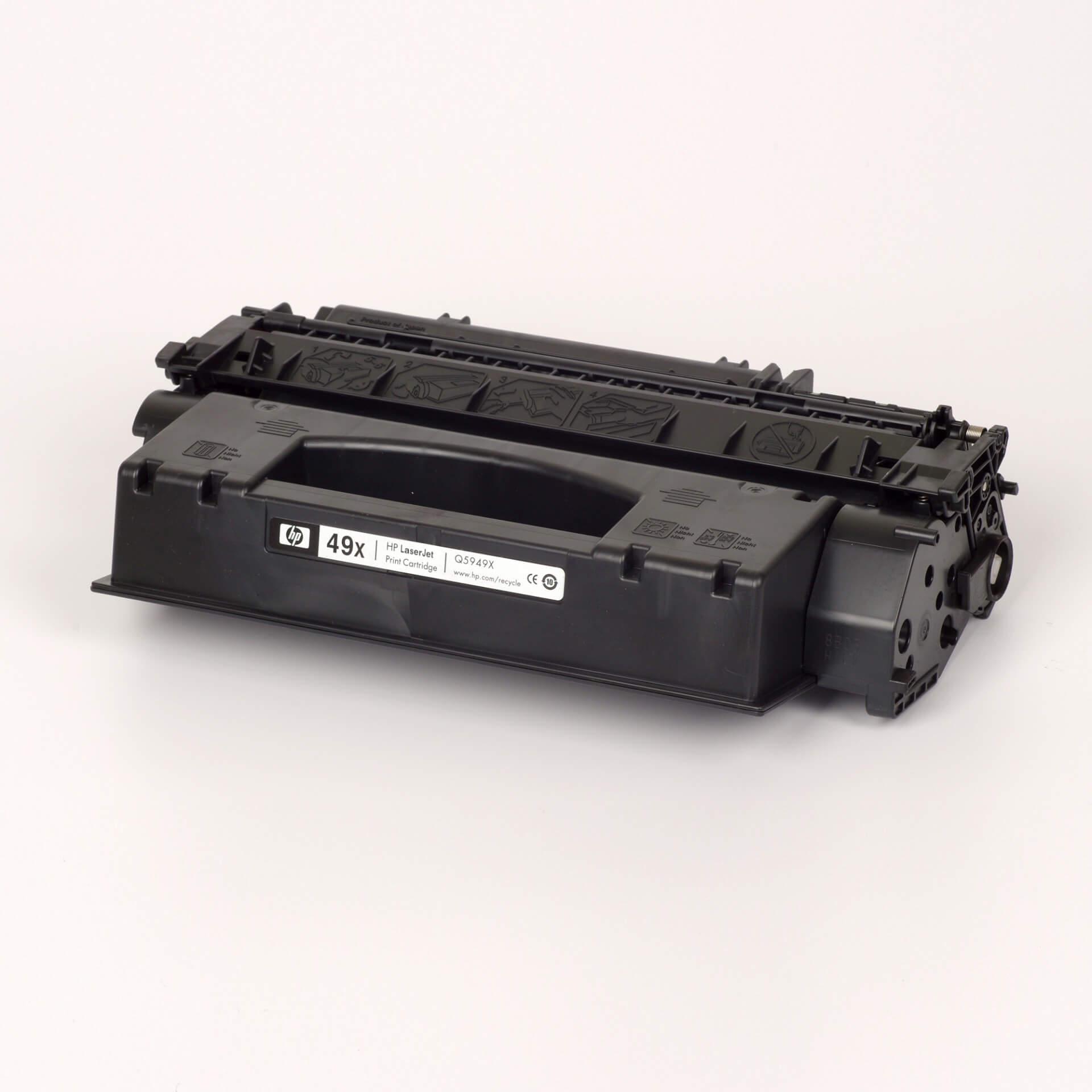 Auf dem Bild sehen Sie eine HP 49X (Q5949X) Schwarz Original Tonerkartusche