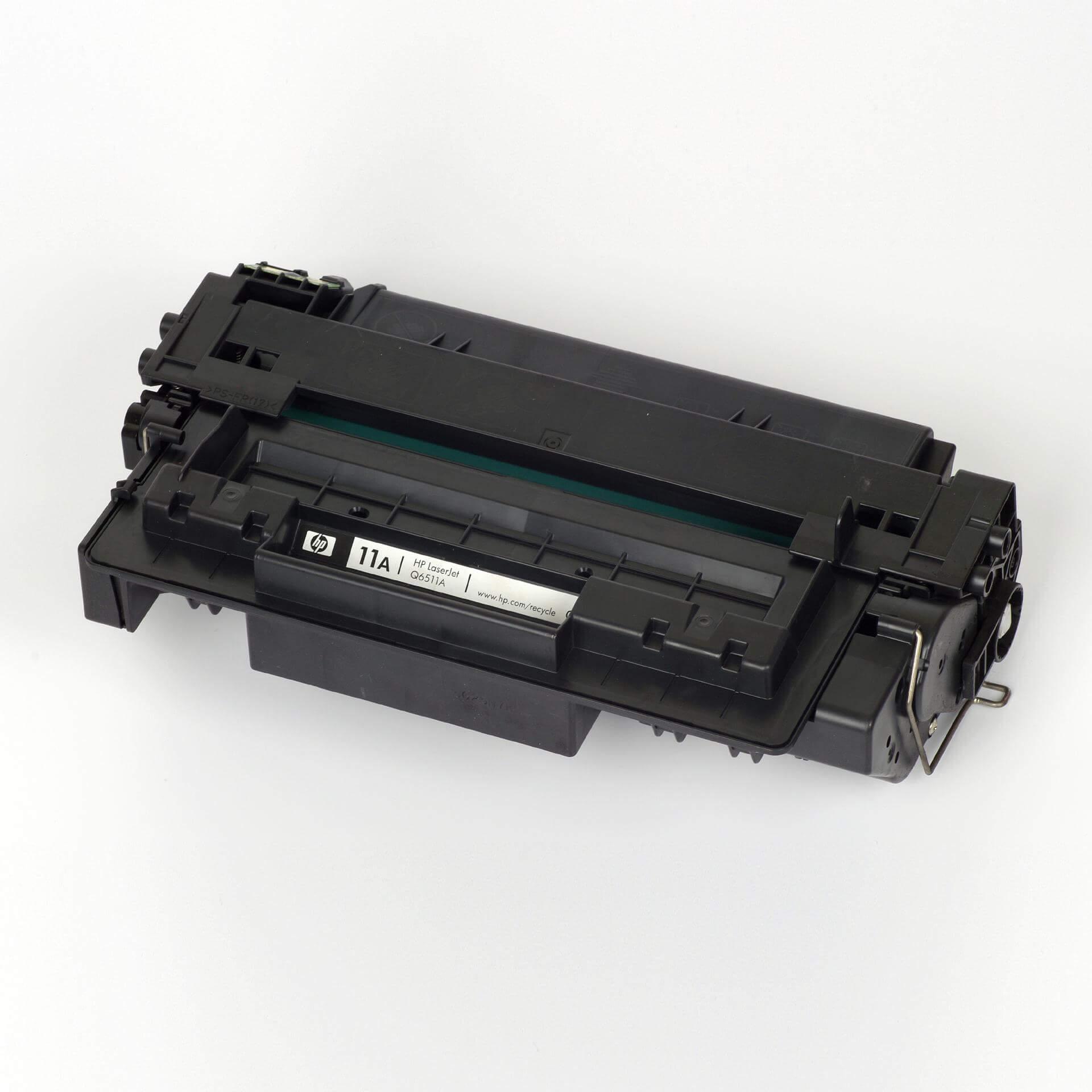 Auf dem Bild sehen Sie eine HP 11A (Q6511A) Schwarz Original Tonerkartusche