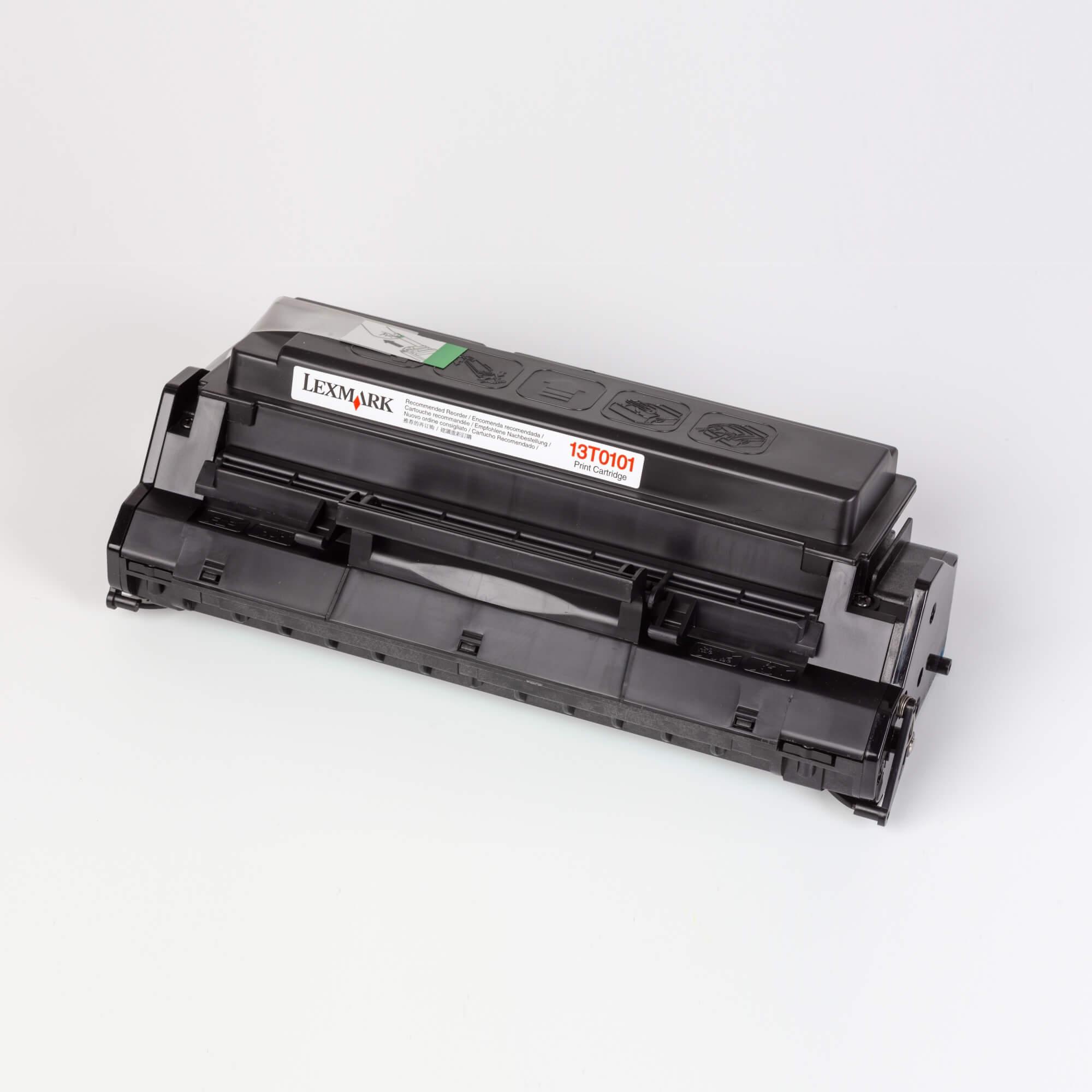 Auf dem Bild sehen Sie eine Lexmark 13T0101 Tonerkartusche schwarz Standardkapazität