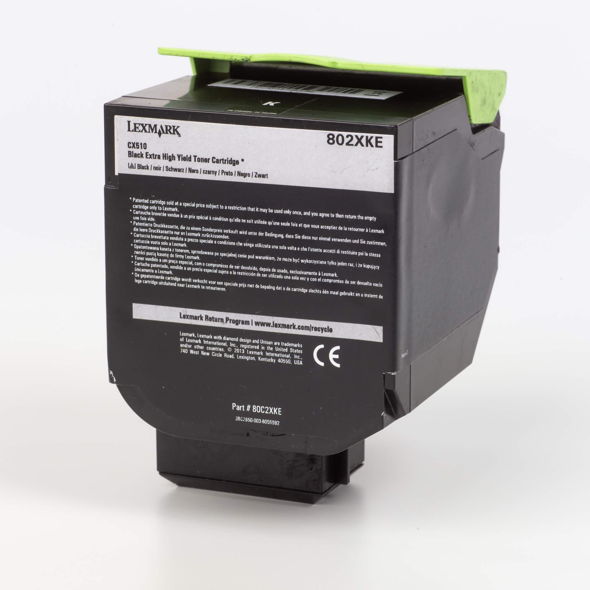 Auf dem Bild sehen Sie eine Lexmark 802XK (80C2XKE) Tonerkartusche schwarz mit hoher Kapazität