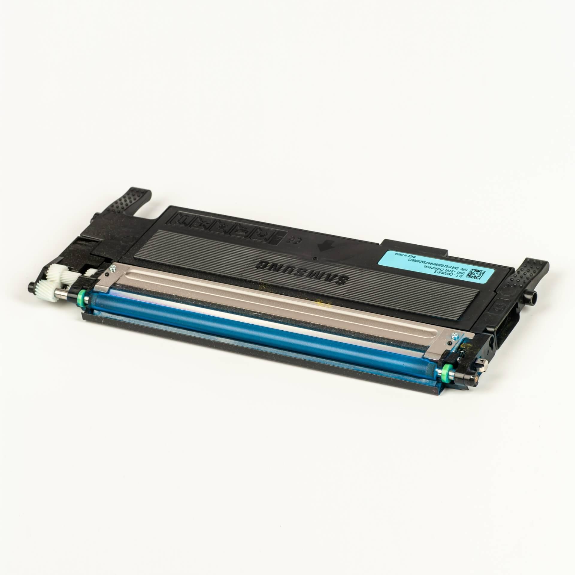 Auf dem Bild sehen Sie eine Samsung CLT-C4072S/ELS Original Toner Blau