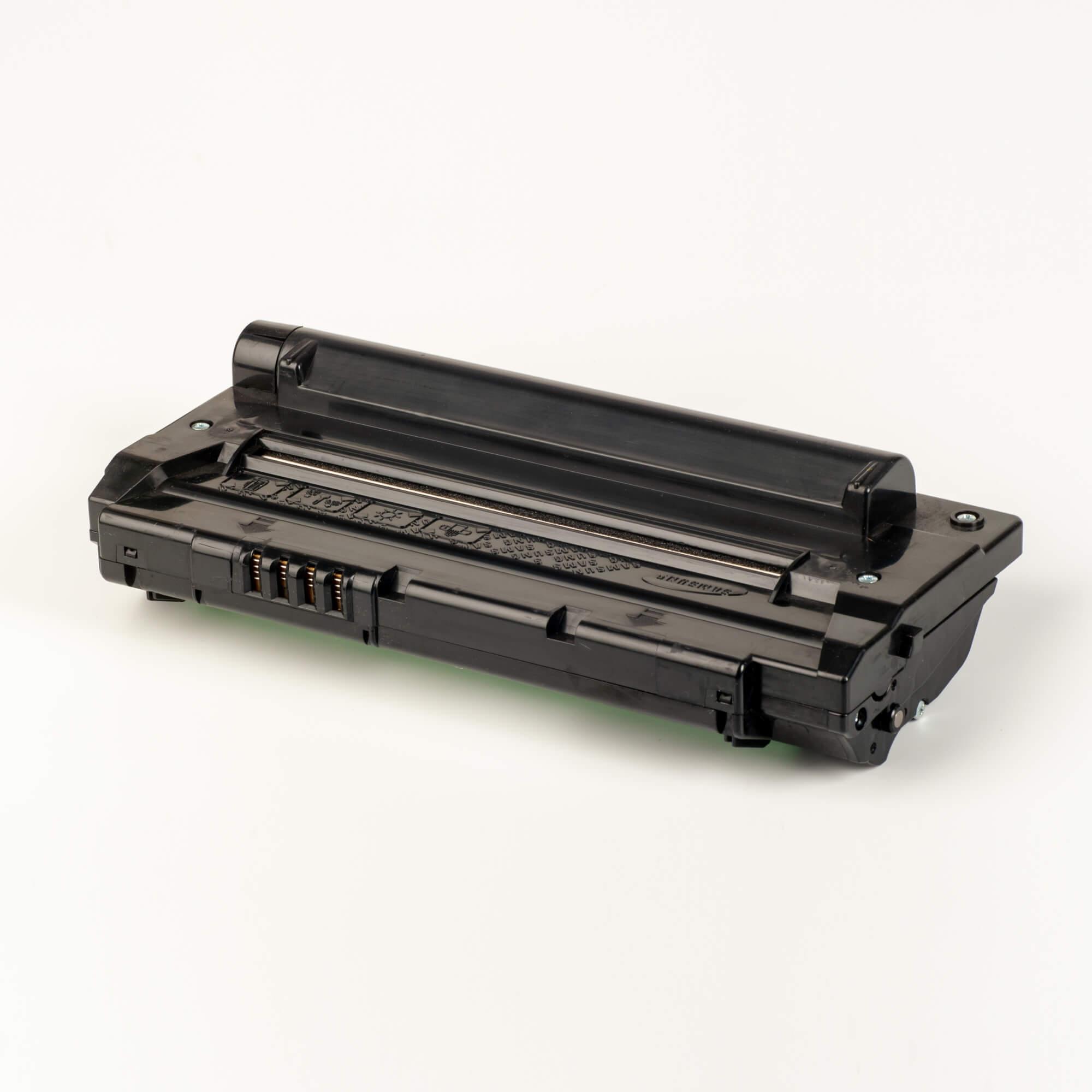 Auf dem Bild sehen Sie eine Samsung MLT-D1092S/ELS Original Toner Schwarz