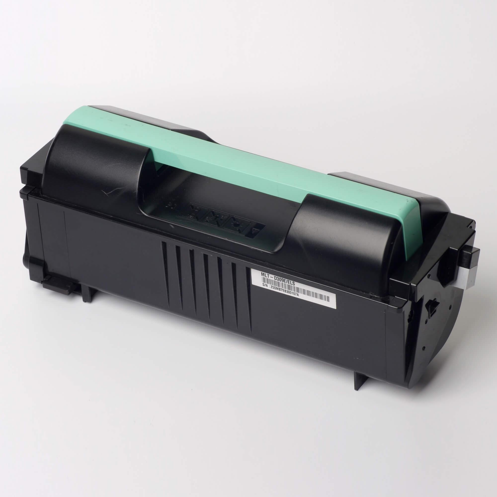 Auf dem Bild sehen Sie eine Samsung MLT-D309E/ELS Original Toner Schwarz