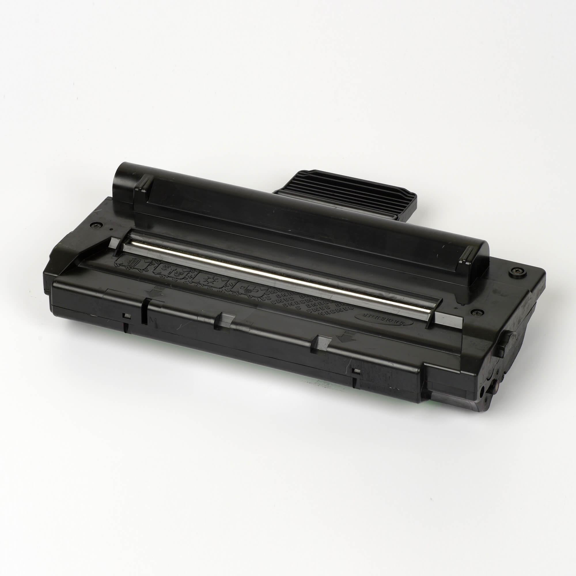 Auf dem Bild sehen Sie eine Samsung SCX-4100D3/ELS Original Toner Schwarz