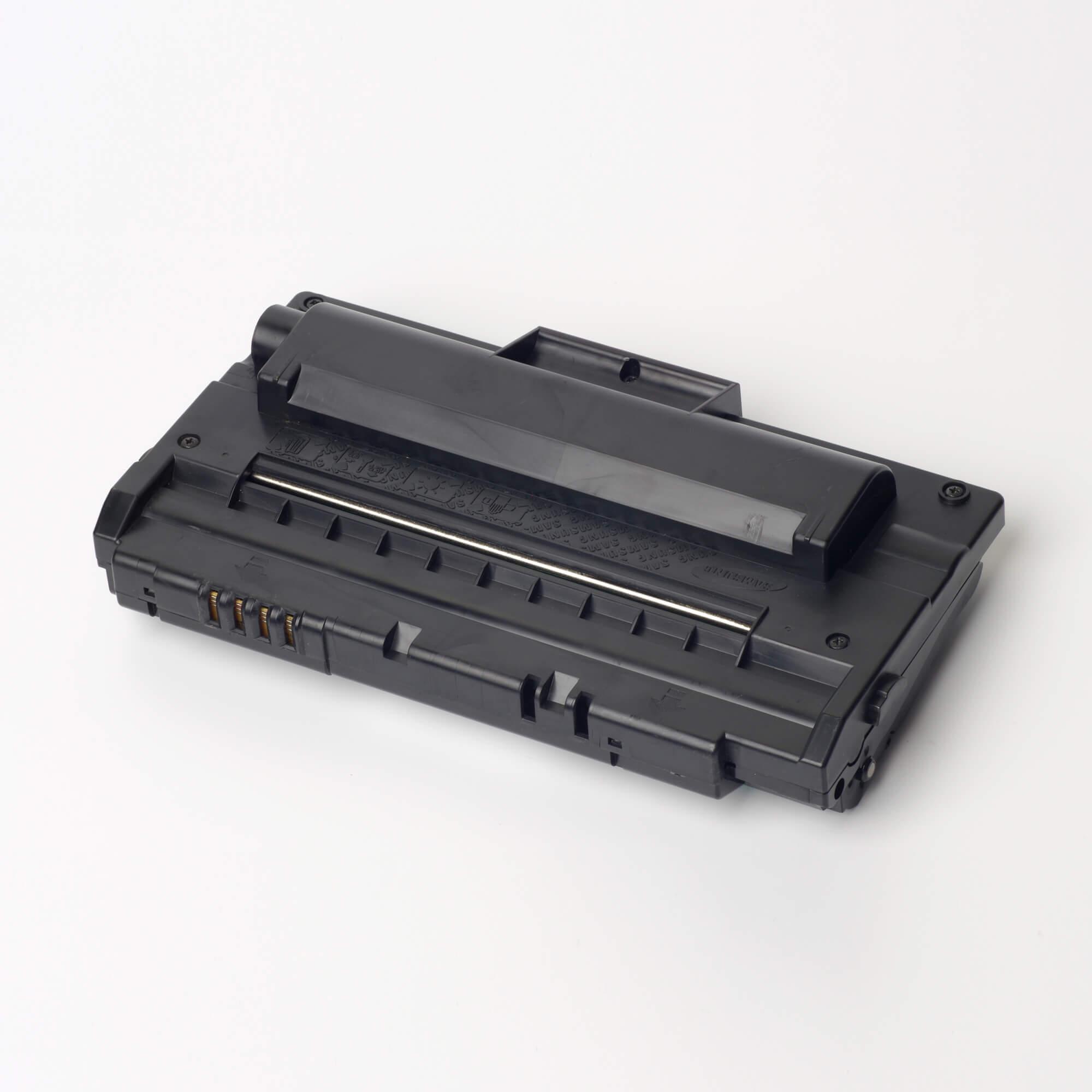 Auf dem Bild sehen Sie eine Samsung SCX-4720D5/ELS Original Toner Schwarz
