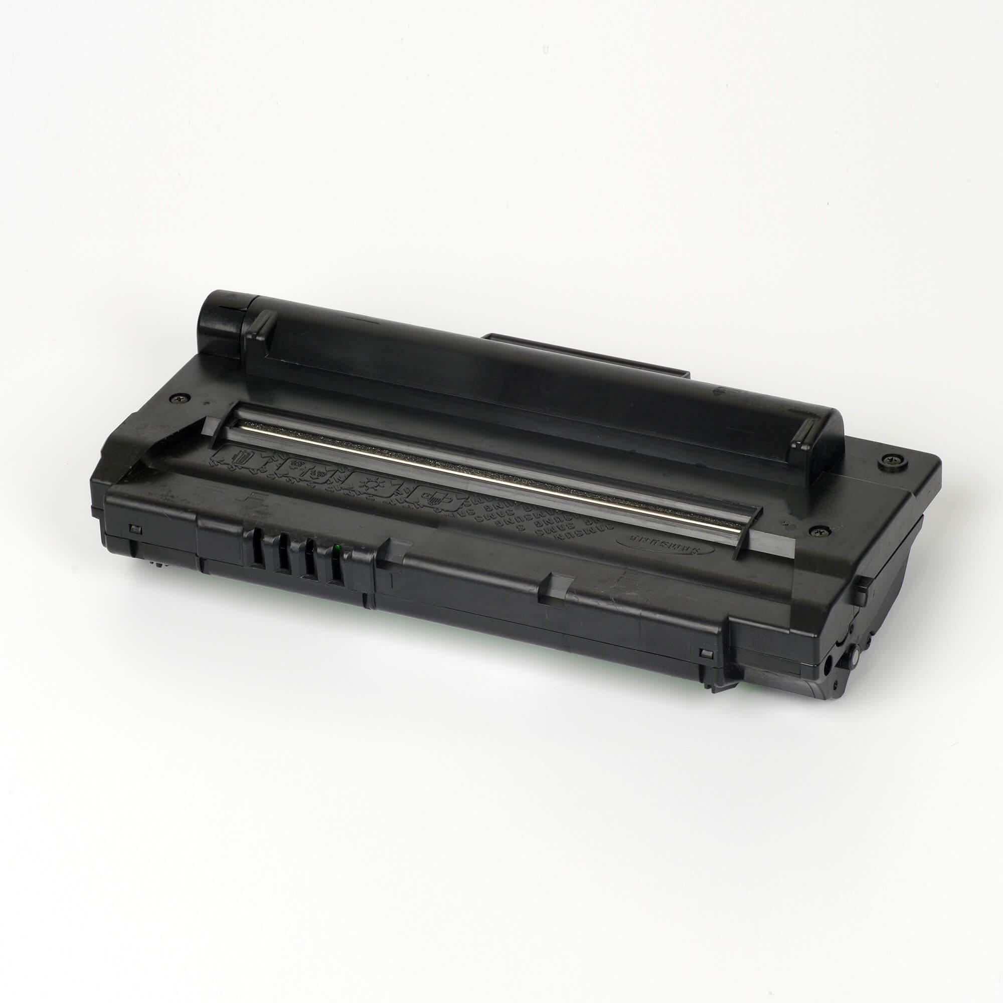 Auf dem Bild sehen Sie eine Samsung SCX-D4200A/ELS Original Toner Schwarz