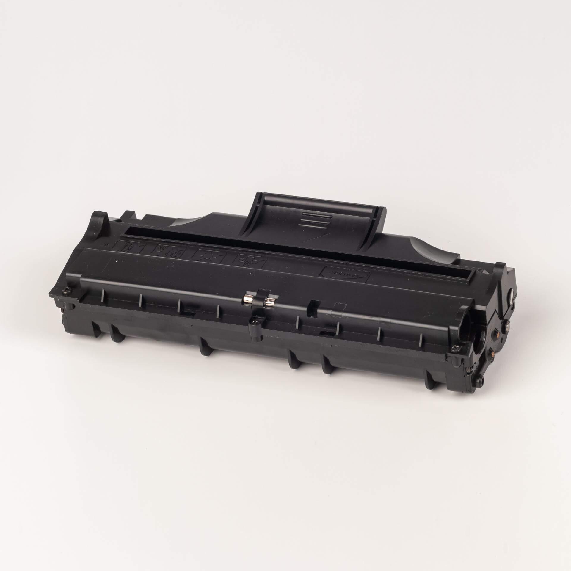 Auf dem Bild sehen Sie eine Samsung SF-5100D3/ELS Original Toner schwarz