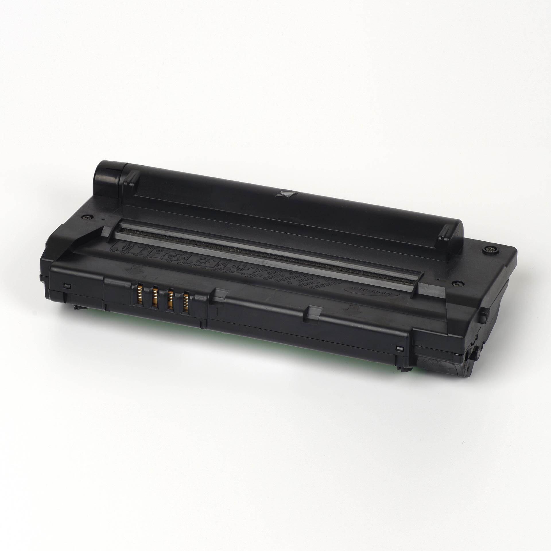 Auf dem Bild sehen Sie eine Samsung SF-D560RA/ELS Original Toner Schwarz